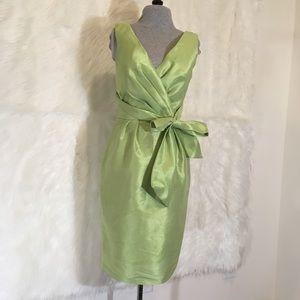 Alfred Sung pistachio green dress size 4